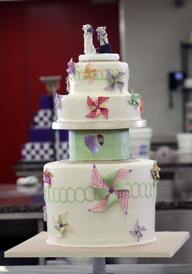 Daryl tuffey wedding cakes