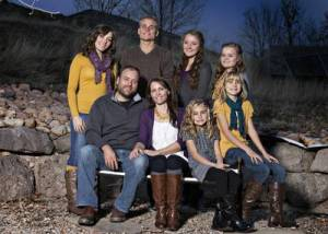 My Five Wives, Brady & Paulie's family