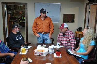 Boss hog premiere on discovery pigman meets his match in quita